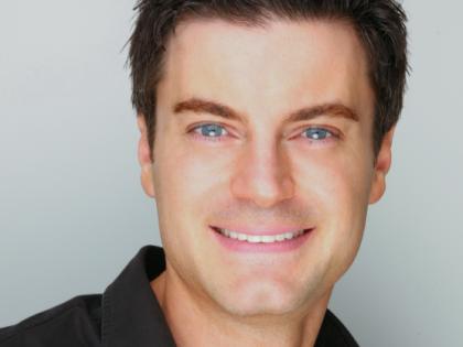 Dr. Michael Miroshnik: Erasing Stretch Marks